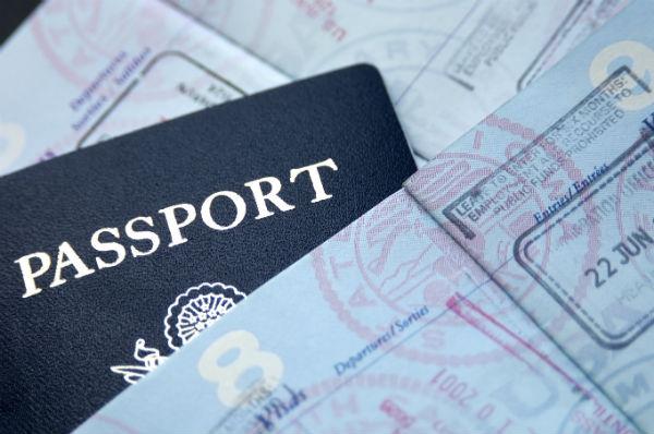 Αποτέλεσμα εικόνας για εισιτηρια διαβατηρια ταυτοτητες