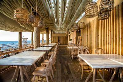 Η οροφή σε beach bar του Costa Navarino που έχει γίνει viral (Βίντεο)