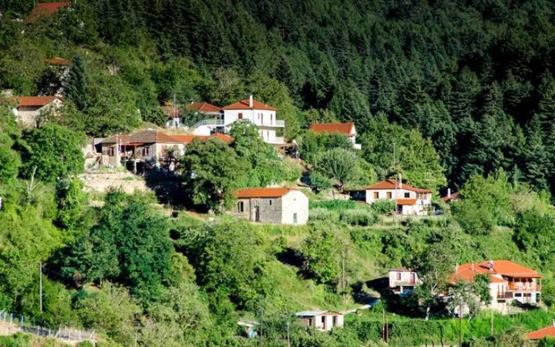 Ζαρούχλα - Ένα πανέμορφο μέρος στην ορεινή Πελοπόννησο (Βίντεο+φωτογραφίες)