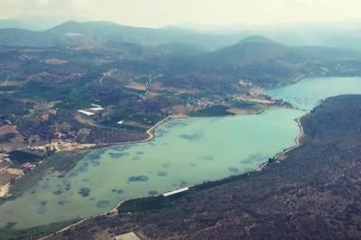 Βιβάρι: Η παραδεισένια τυρκουάζ λιμνοθάλασσα της Αργολίδας (Βίντεο)