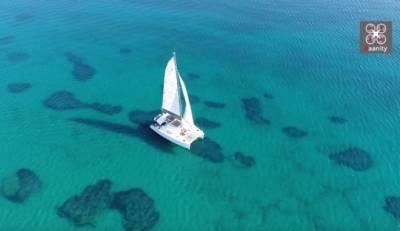 Σχοινιάς: Εξωτικές εικόνες από τη μεγαλύτερη παραλία της Αττικής (Βίντεο)