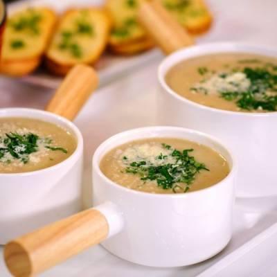 Πατατόσουπα με πράσα και μπέικον - Μια πλούσια και χορταστική σούπα