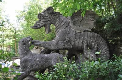 Parco dei Monstri: Γνωρίστε το «Πάρκο των Τεράτων» στην Ιταλία (Φωτογραφίες)
