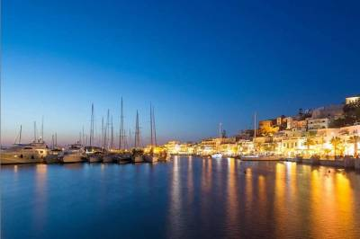 Η Evening Standard αποθεώνει τη Νάξο - Το κορυφαίο νησί στην Ελλάδα για το 2020
