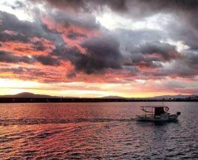 Τι και αν ο ήλιος στην Καλαμάτα δύει… μόνο ομορφιά αφήνει!