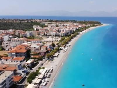 Εναέριο ταξίδι στην Ακράτα - Στον παραθαλάσσιο οικισμό της Αχαΐας (Βίντεο)