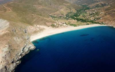 Ποτάμι - Ανακαλύψτε την εκπληκτική παραλία της Εύβοιας (Βίντεο+φωτογραφίες)